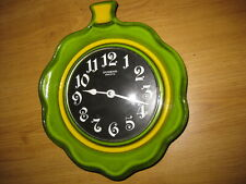 DUGENA ELECTRIC (JUNGHANS) Nice Vintage  Ceramic GREEN-YELLOW LEAF Wall CLOCK