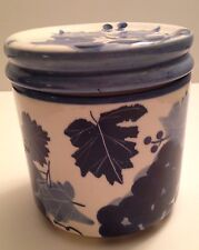 Design Pac China Blue and White Ceramic Leaf Berry Canister