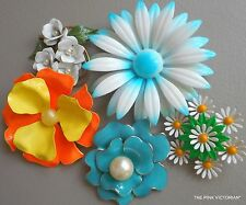 5pc VINTAGE metal ENAMEL flower PIN Lot Daisies, BRIGHT CHEERFUL colors