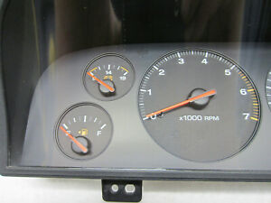 INSTRUMENT CLUSTER FOR 1998-2002 GEO PRIZM 257-04406 USED
