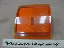 1996 Chevy Tahoe 1500 Truck LEFT UPPER FRONT SIDE MARKER TURN SIGNAL AMBER LIGHT