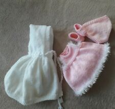 Baby Dolls Clothes *KNITTING PATTERN* to fit 14 inch doll.
