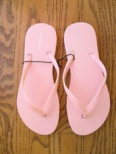 NWT Forever 21 Pale Pretty Pink Flip Flops Sandals Sm 5 -  6 Very Flattering!