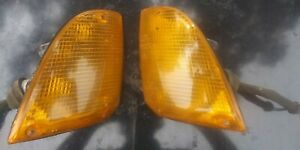 77-86 BMW E23 7 series, corner turn signals, pair