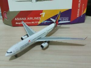 1/400 Phoenix ASIANA AIRLINES A330-300 HL7736 VISIT KOREA YEAR