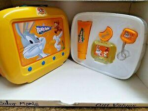 Bugs Bunny By Looney Tunes 3 PC Set Children 3.4 oz EDT,3.4oz shower gel,Key hol