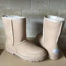 UGG ULTRA SHORT REVIVAL SAND WATER-RESISTANT SUEDE FUR BOOTS SIZE 10 WOMENS