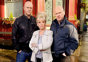 BARBARA WINDSOR PEGGY MITCHELL GRANT & PHIL A4 GLOSSY PHOTO TV EAST ENDERS PRINT