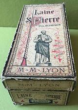 1 BOITE LAINES ST PIERRE M-M-LYON POUR REPRISER + DIVERSES PELOTES A L'INTERIEUR