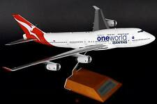 JC Wings JC2852 1/200 QANTAS 747-400 un mondo VH-oju con supporto