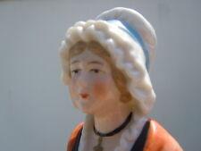Demi figurine porcelaine costume Arlésienne Boite à poudre Half Doll  1920