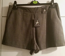 ATMOSPHERE Sexy Pinstripe Pleated Front Summer Shorts Size 12 BNWT