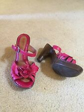 Born shoes size 6  Dark pink