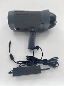 Neewer Vision 4 Studio Flash Strobe with Battery & Charger FREE SHIPPING !
