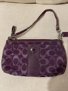 COACH Signature Wristlet Bag Purple Coin Purse Wallet Pouch