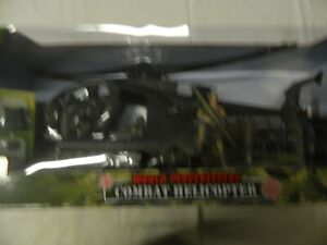 World Peacekeepers Combat Helicopter with figures Peterkin 1:18 Scale New Old St