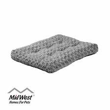 MidWest Homes for Pets Deluxe Super Plush Pet Beds, Machine Wash & Dryer Friendl