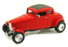 """1:18 1932 Ford Five-Window Coupe Hot Rod """"Timeless Classics"""" Motor Max Diecast"""