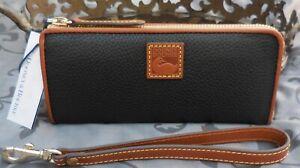 Dooney & Bourke~ Pebble Grain Zip Clutch Wallet Wristlet~BLACK~BROWN~NWT $148