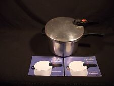 MANTTRA Stainless 6 qt pressure cooker. Griswold plate
