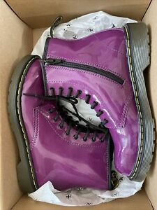 Dr. DOC MARTENS Purple Womens US 4