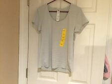 """Women's Active Life Light Grey High Performance """"Cooling"""" Shirt Size M (NWT)"""