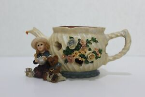 Boyds Bears & Friends-Whitney with Wilson...Tea and Candlelight (Votive Holder)