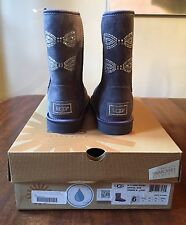 NIB UGG Limited Edition Grey Swarovski Classic Short Sparkle Bow Boots Size 6