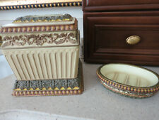 Traditinal Croscill Ceramic Boutique Tissue Box Cover & Soap Dish