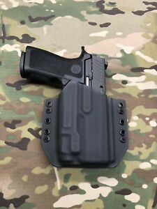 Black Kydex Holster for Sig Sauer P320 Compact Streamlight TLR-7