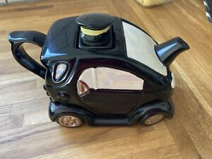 Smart car - Novelty Teapot  - Swineside Teapottery