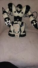 RARE WowWee Robosapien Humanoid Toy Robot with Remote Control!