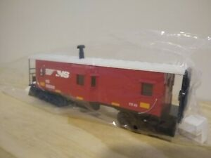 New MTH O gauge lighted caboose. Norfolk southern.