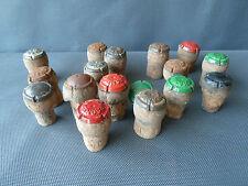 Lotto di 17 capsule cappelli con visiera champagne arte popolare french antico