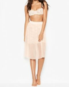 Victoria's Secret Tulle & Floral Lace Skirt Lingerie Very Sexy $88 Size M NWT