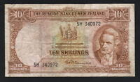NEW ZEALAND P-158d. (1956-67) Ten Shillings - Fleming. Prefix 5H.. Fine