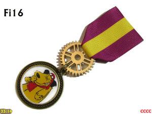 Steampunk Medal pin drape badge brooch cartoon dog Muttley Wacky races #Fi16