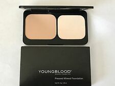 Youngblood Mineral Cosmetics Pressed Powder Foundation Compact HONEY