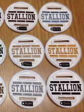 2 X Bianco 8cm Dressage BRIGLIA di Cavallo Stallone DISCO BADGE mostra che mostra gli eventi