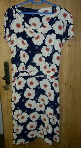 TU Size 20 DRESS - NAVY WITH POPPY STYLE FLOWER PATTERN SIZE 20