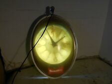 VINTAGE COLLECTIBLE LIGHTED BUDWEISER ADVERTISING ELECTRIC CLOCK