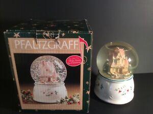 "Pfaltzgraff Winterberry Musucal Snow Globe ""I'll Be Home For Christmas"" w/Box"