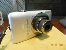 Very Nice Canon PowerShot New Lens & LCD SD1300 IS 12.1 MP Digital Camera Silver