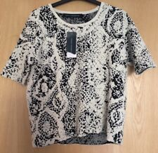 BNWT French Connection Size XS (UK 8) Black Cream Embossed Snake Knit Jumper