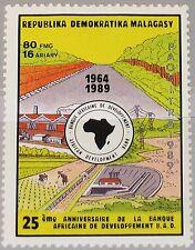 Madagascar Malagasy 1990 1245 980 25 Ann African Development Bank B.A.D mnh
