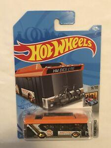 2021 Hot Wheels HW METRO 9/10 Ain't Fare 155/250 Orange/Black