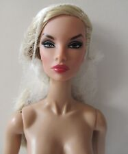 FASHION ROYALTY NATALIA FATALE CONTRASTING PROPOSITION NUDE WITH STAND HANDS COA