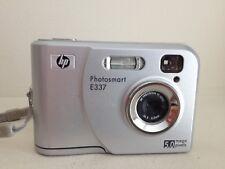 Camera digital  HP Photosmart E337  5 MP Optical Zoom 5X Silver