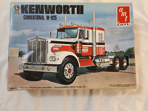 AMT Kenworth Conventional W-925 6640 1:25