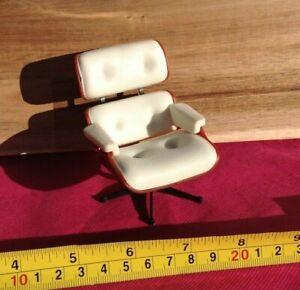 Dollhouse Miniature Living Room Modern Furniture Vinyl Comfort White Seat 1:12